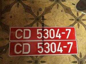 Красный номер на транспорт
